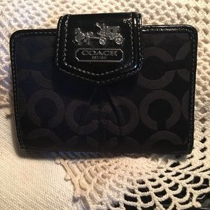 NWOT Coach Signature Canvas Black Wallet